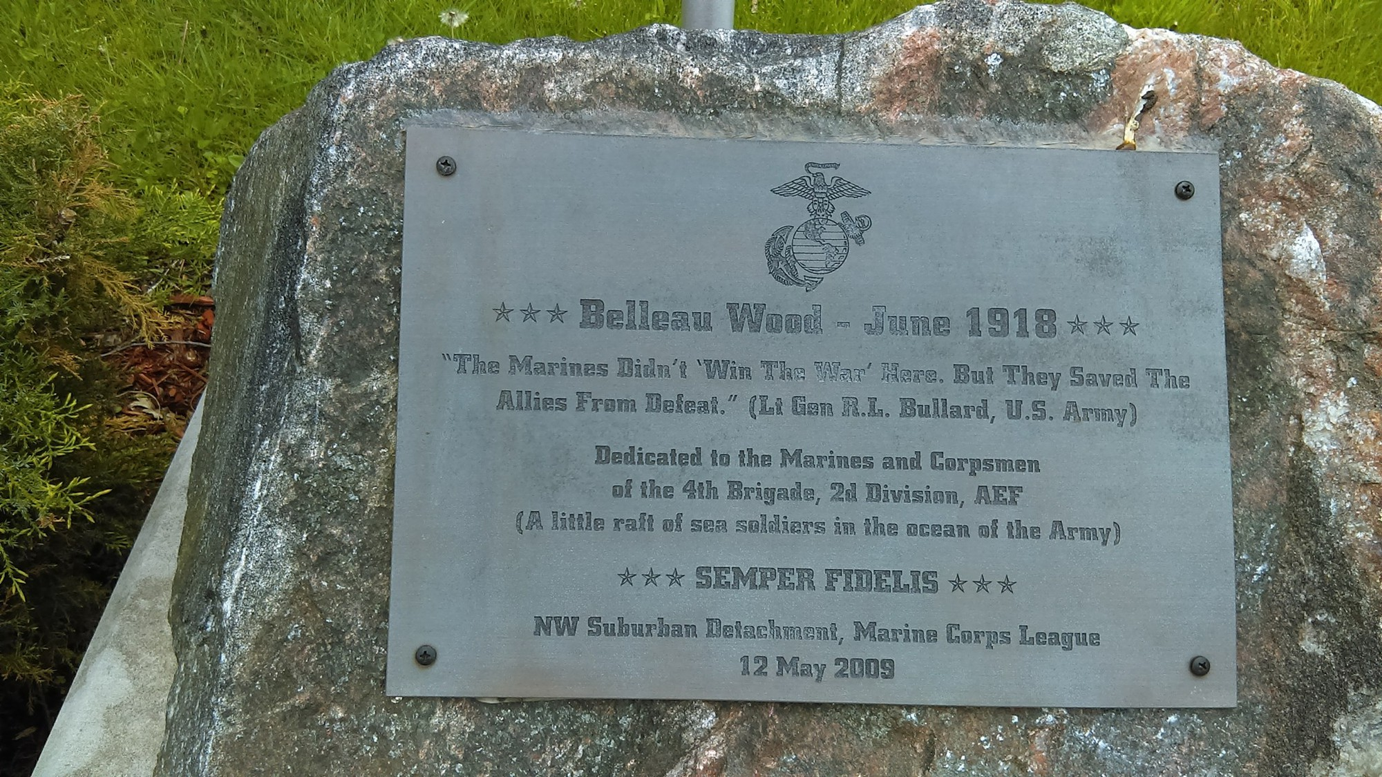 Belleau Wood Marine Memorial Boulder (IL)