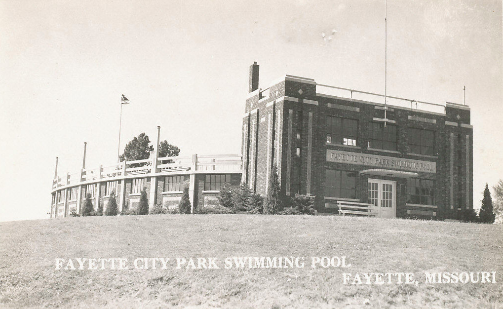 Fayette City Park Swimming Pool or Fayette WPA Pool and WWI Memorial (MO)