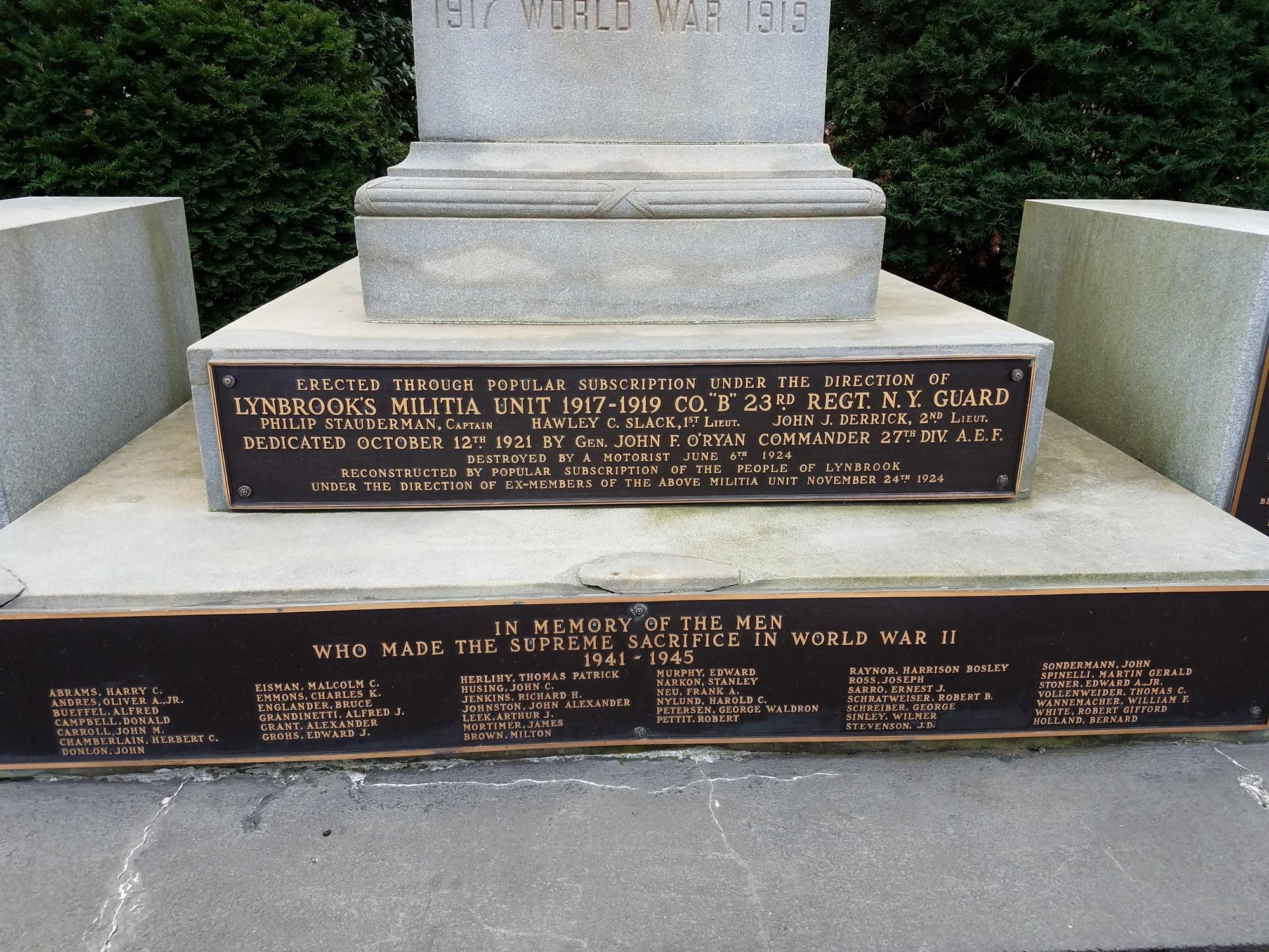 Lynbrook World War Memorial (NY)
