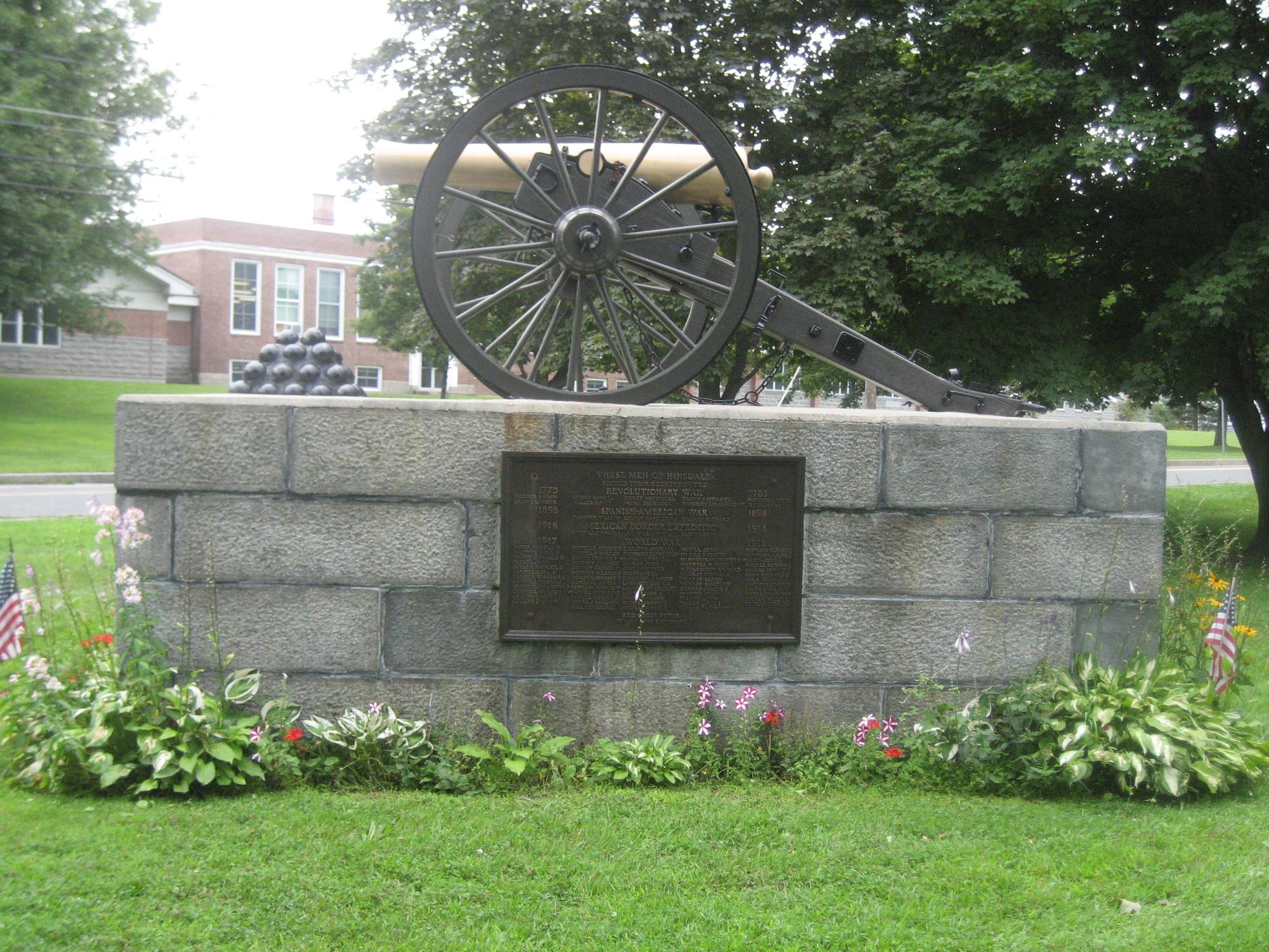 Hinsdale Veterans Memorial (MA)