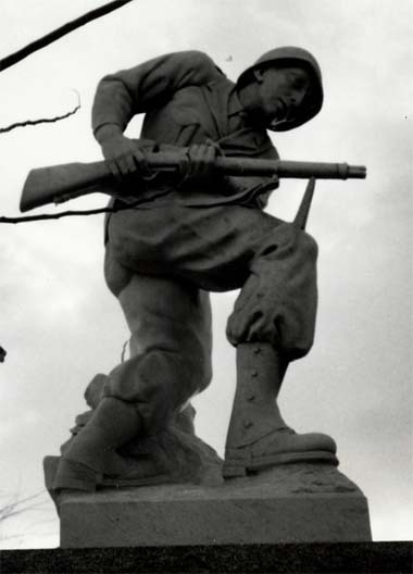 (The Soldiers' Memorial)