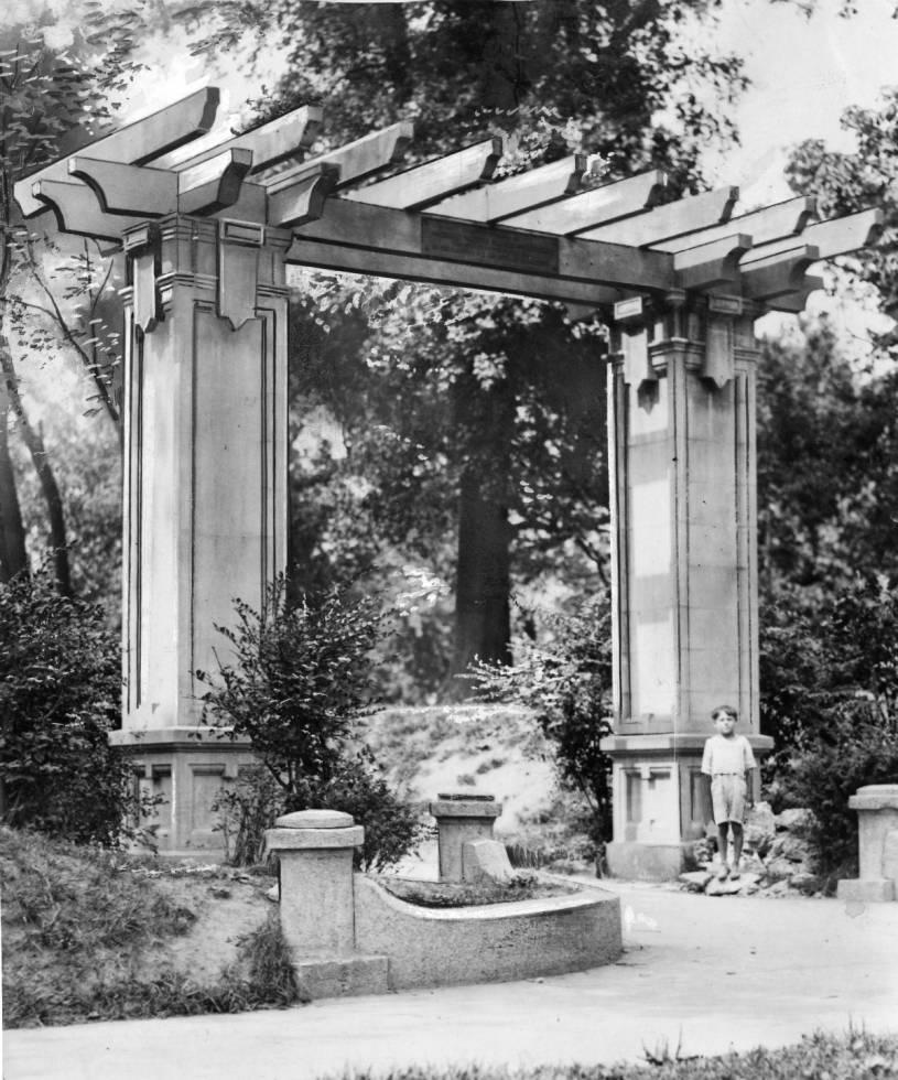 Elmwood World War I Memorial Arch (PA)