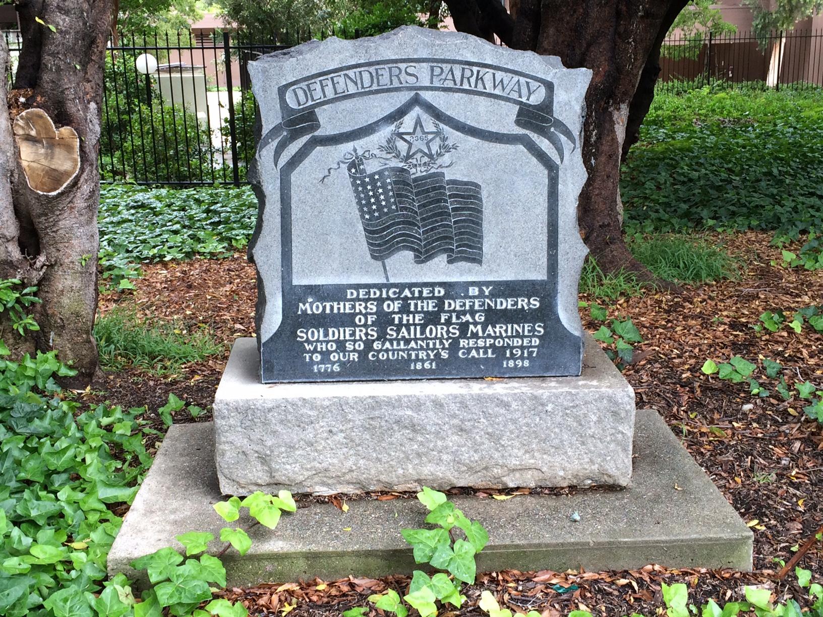 Defenders Parkway War Memorial (CA)